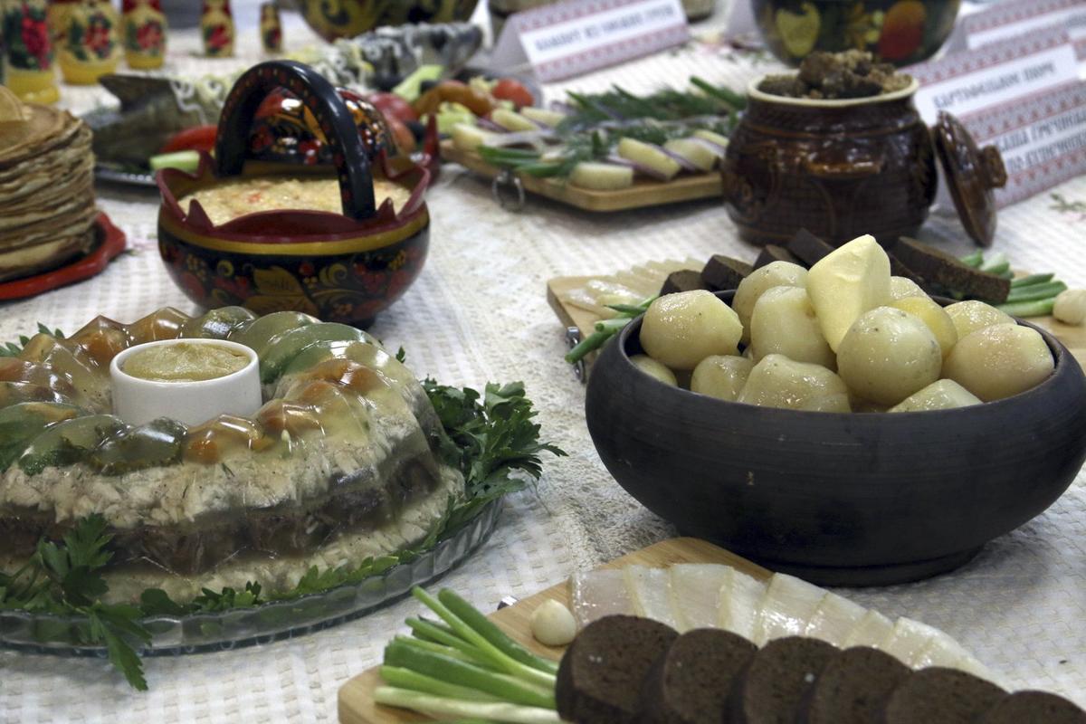 главный неф фото русский стол блюда для иностранцев частного