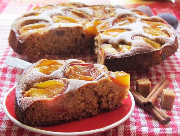 Сдобный сливовый пирог, clj,ysq ckbdjdsq gbhju