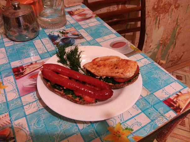 Студенческий бутерброд скуриной грудкой, cneltyxtcrbq ,enth,hjl crehbyjq uhelrjq