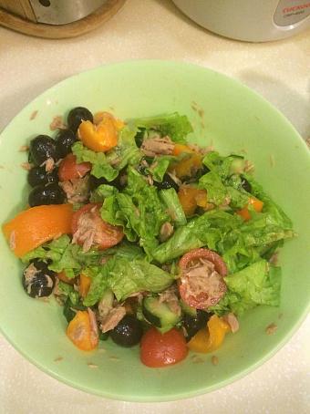 Овощной салат сконсервированным тунцом, jdjoyjq cаkаn crjycthdbhjdаyysv neywjv
