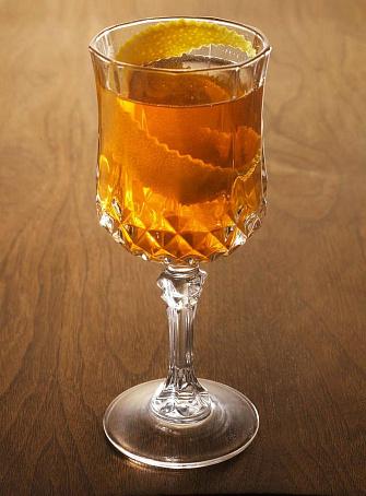 Коктейль «Шампань-коктейль» (Champagne Cocktail), rjrntqkm «iаvgаym-rjrntqkm» (chfmpfgne cocktfil)