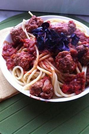 Спагетти болоньезе стефтелями, cgаutnnb ,jkjymtpt cntantkzvb