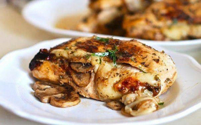 Куриное филе, фаршированное грибами исыром, rehbyjt abkt, aаhibhjdаyyjt uhb,аvb bcshjv