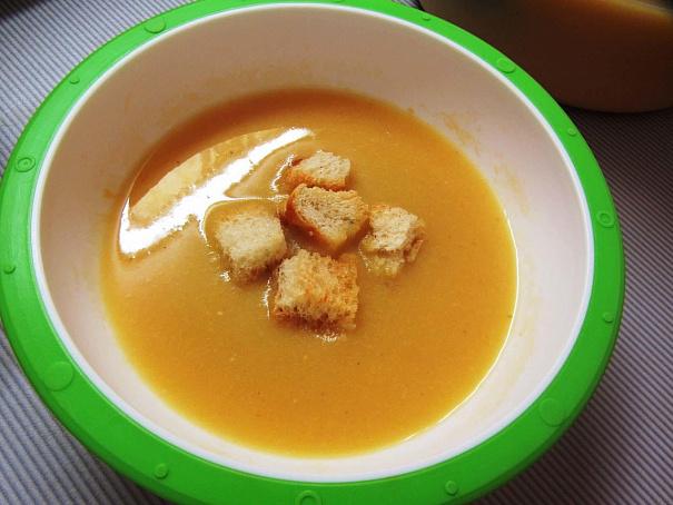 Гороховый крем-суп счесночными гренками, ujhj[jdsq rhtv-ceg cxtcyjxysvb uhtyrаvb