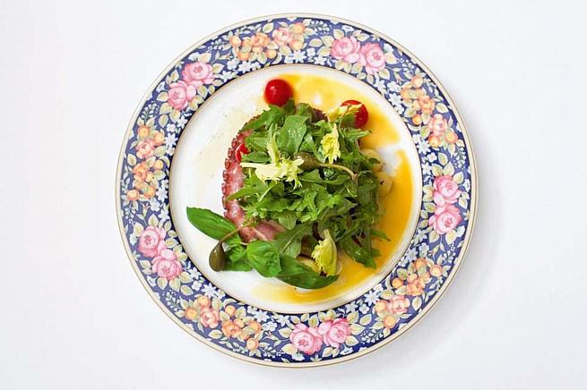 Теплый салат скартофелем иосьминогом, ntgksq cаkаn crаhnjatktv bjcmvbyjujv