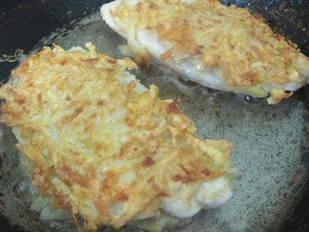 Белая рыба вкартофельной корочке, ,tkаz hs,а drаhnjatkmyjq rjhjxrt