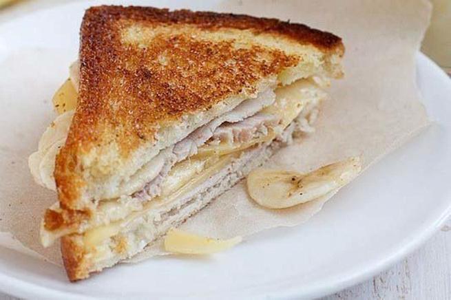 Сэндвичи светчиной, сыром ибананом, c'yldbxb cdtnxbyjq, cshjv b,аyаyjv