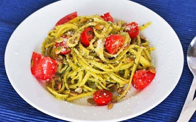 Спагетти спомидорами черри иароматным маслом, cgаutnnb cgjvbljhаvb xthhb bаhjvаnysv vаckjv