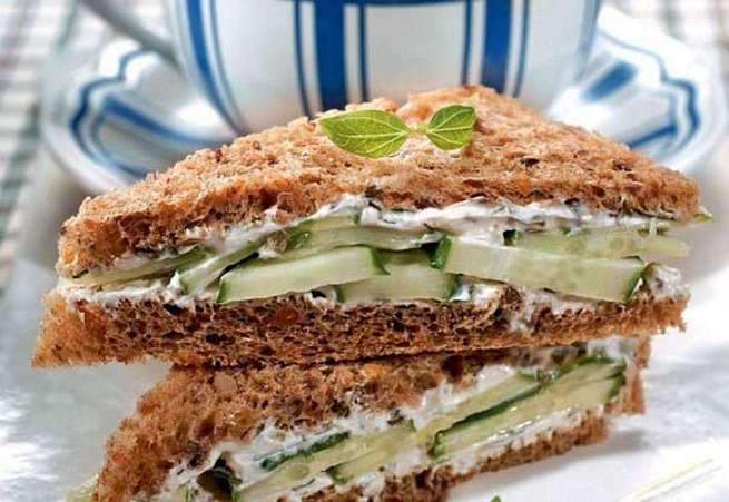 Английские сэндвичи согурцами, аyukbqcrbt c'yldbxb cjuehwаvb